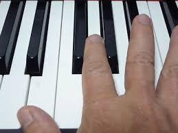 ピアノ 太い指